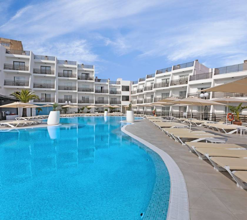 hotel palmanova suites by trh magaluf
